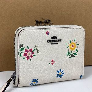 NWT Coach Small ZIP Wallet Wild Flowers